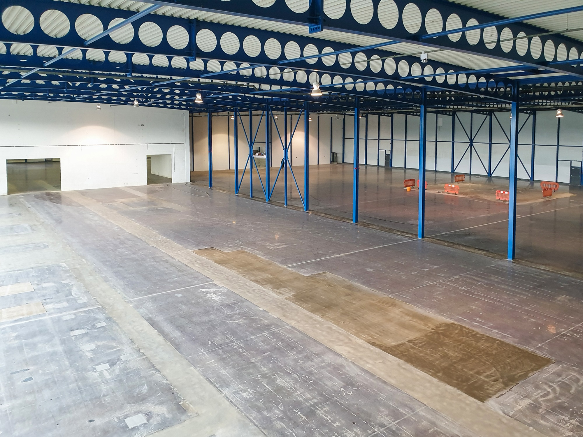 refurb warehouse with blue structure